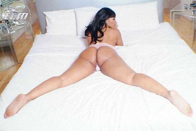 Deelishis big boobs
