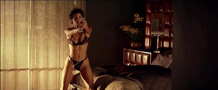 Halle Berry sex pic