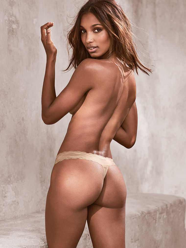 Jasmine Tookes amazing bare ass